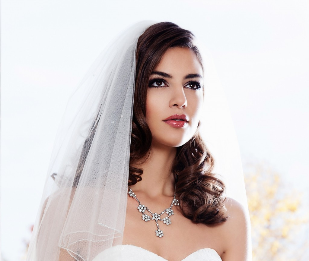 Kaz Fernando Best Wedding Make-Up Artist 2012 The Wedding Industry Awards