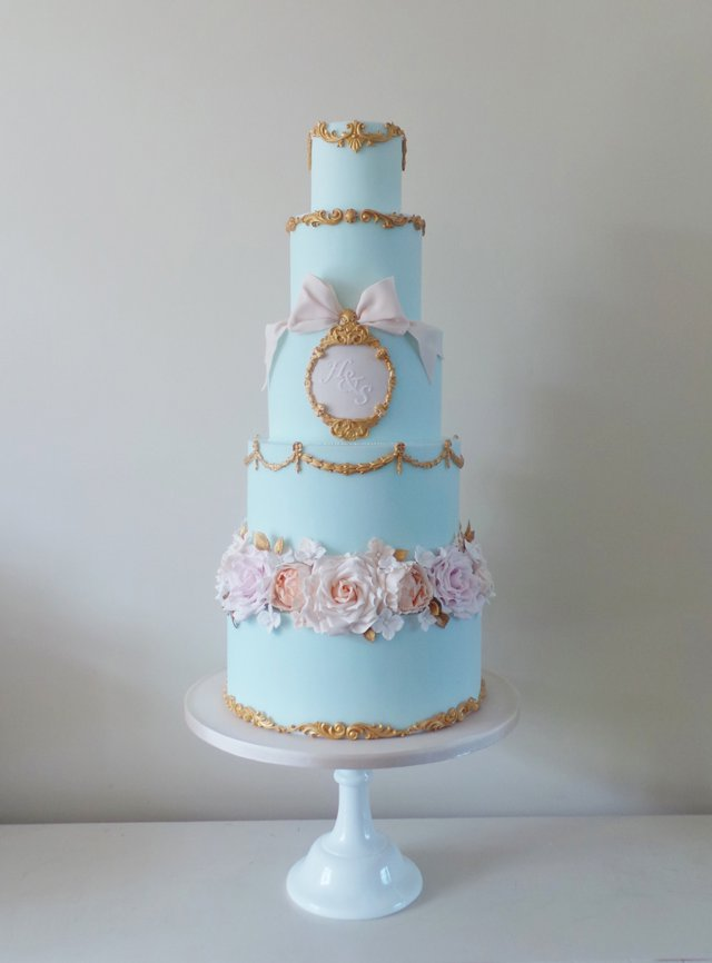Amelies Kitchen Best Wedding Cake The Wedding Industry Awards 2015_0005