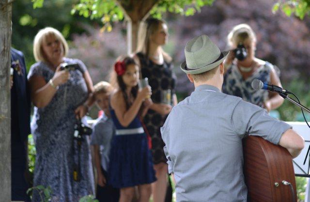 Jon Hart Best Wedding Musical Act The Wedding Industry Awards 2015_0002