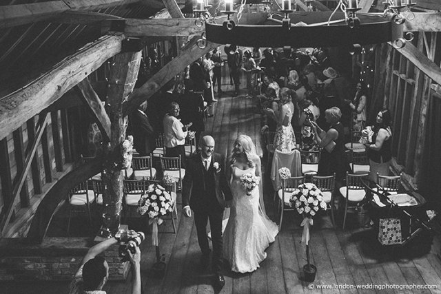 5 Fabulous Reasons to have a Barn Wedding Venue_0003