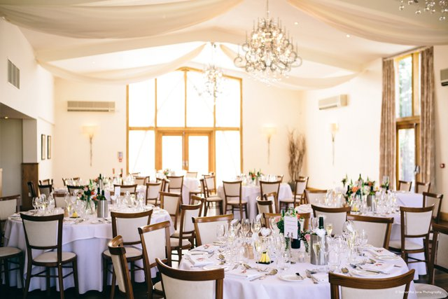5 Fabulous Reasons to have a Barn Wedding Venue_0010